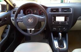 volkswagen jetta white 2014 car review 2014 volkswagen jetta 1 8 tsi highline driving