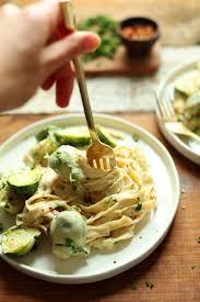 vegan garlic alfredo pasta minimalist baker recipes