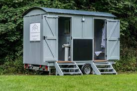 English Bathroom Luxury Bathroom U0026 Toilet Hire Shepherd Huts For Sale And Hire