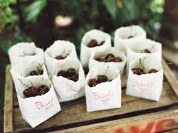 edible wedding favor ideas healthy and delicious edible wedding favors fresh fruit crazyforus