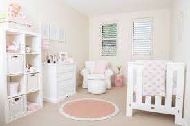 deco chambre bebe décoration chambre bébé en 30 idées créatives pour les murs