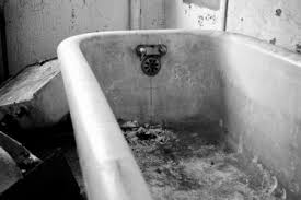 How To Clean Rust Stains From Bathtub How To Remove Rust Stains On Your Bathtubdiy Guides