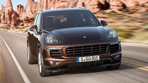 porsche cayenne blacked out this is the facelifted porsche cayenne top gear