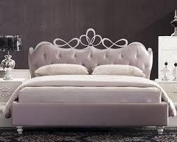 White Heart Bedroom Furniture Modern Bed W Heart Shaped Headboard 44b186bd