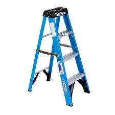 werner 4 ft fiberglass step ladder with 250 lb capacity