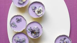 cupcake flowers cupcakes with sugared flowers