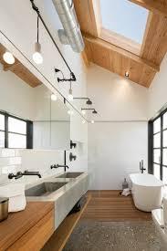 bad balken loft rustikales ambiente klavier sitzmöbel sichtbare balken decke