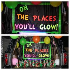 halloween black light ideas 21clever trunk or treat decorating ideas plastic table cloths