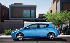 nissan leaf battery capacity 2012 nissan leaf photo gallery motor trend