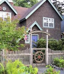 Cannon Beach Cottages classic nautical curb appeal ideas from cannon beach completely