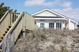 The Ivy Cottage Wilmington Nc by Ivy Cottage Oak Island Nc Vacation Rentals Oak Island