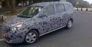 lodgy renault renault lodgy spy pics side view carblogindia