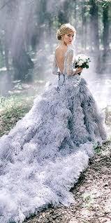 feather wedding dress 25 ide terbaik feather wedding dresses di gaun