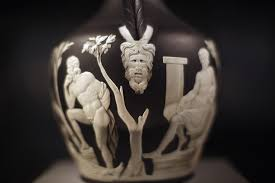 The Portland Vase Roman Glass Theory Wrong For Centuries Cosmos