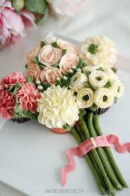 cupcake flowers cupcake bouquet of flowers cakecentral