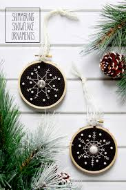 shimmering snowflakes ornament pattern