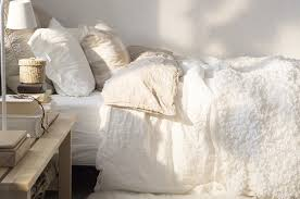 How To Make A Duvet Cover Stay 17 Ways To Make Your Bed The Coziest Place On Earth