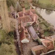 goring george michael george michaels house in goring on thames from above george