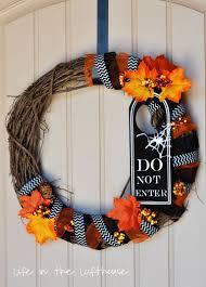 halloween wreath friday finds halloween wreath life in the lofthouse