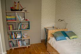 chambre avec papier peint merveilleux de maison accessoires en conjonction avec salle de bain