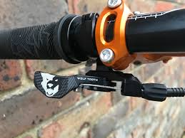 wolftooth remote light action wolf tooth components light action remote lever d d cycles