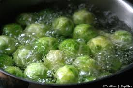 cuisiner un chou vert choux de bruxelles aux amandes