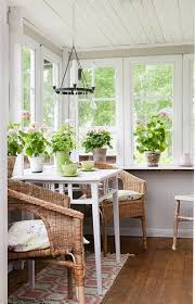 Decorated Sunrooms Sunroom Furniture Ideas How To Decorating Sunrooms An Amazing