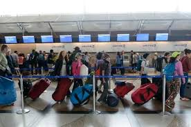 united check in luggage en avión spanish 2 chapter 1 lessons tes teach