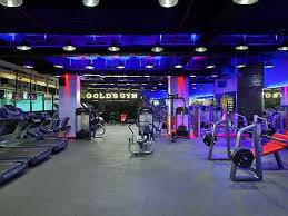 here is how gold u0027s gym brilliantly aligned design ethos to sweat