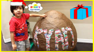 cars toys giant egg surprise opening christmas morning 2016