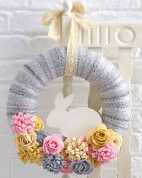 how to make easter wreaths how to make a felt easter bunny wreath hobbycraft