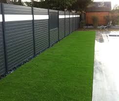 par vue de jardin brise vue aluminium moderne jardin angers par ambiances et