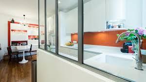 cr馥r une cuisine ouverte avant après faire entrer la lumière naturelle grâce à une