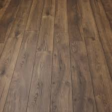 Oak Laminate Flooring Villa Peterson Oak Laminate Flooring Direct Wood Flooring