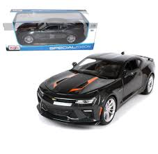 grey camaro 2017 chevy camaro 50th anniversary grey 1 18 scale diecast car