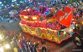 fun facts about mardi gras plus what to do see eat in new orleans