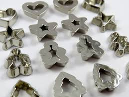 cookie cutters dress it up embellishments pack of 16