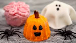 halloween cupcakes 3 easy decorating ideas gemma u0027s bigger