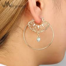 hypoallergenic jewelry vintage gold rhinestone carved circle hollow inspired