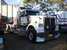kenworth t950 specs white road boss photo p1030820 1 jpg white trucks australia