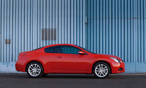 nissan altima coupe sports car 2010 nissan altima coupe picture 26680