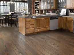 Laminate Flooring Shaw Homestead Sw518 Hearth Hardwood Flooring Wood Floors Shaw