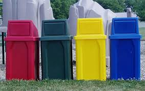 outdoor trashcans