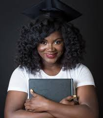 nursing graduation hairstyles with cap top ways to slay in your graduation cap with natural hair essence com