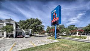 Car Rental San Antonio Tx 78240 Studio 6 San Antonio Medical Center Hotel In San Antonio Tx