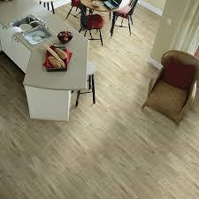 Mannington Commercial Flooring Wild Oak Gb Heterogeneous Light Hard Surface Mannington