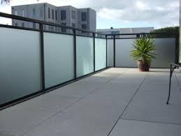 balkon glasscheiben alufekt balkongeländer mit glas