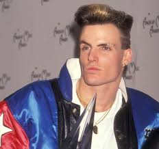 bryce harper u0027s new haircut makes him look just like vanilla ice