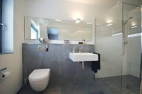 badezimmer verschã nern badezimmer rosa badezimmer verschönern tausende bilder