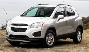 chevrolet tracker review and photos